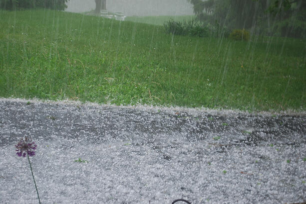 Hailstorm_in_Dutchess_County_New_York-web