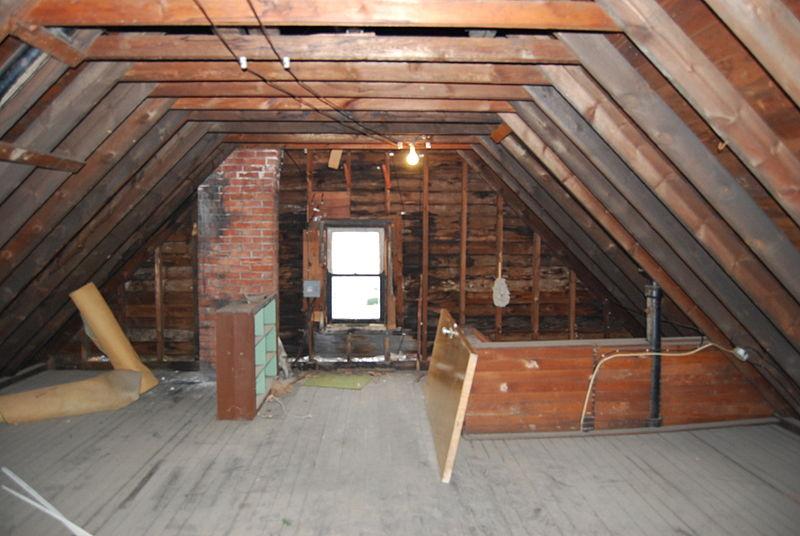 House_attic.jpg